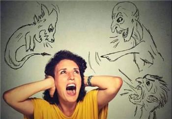 家属应该怎么护理心理分裂患者
