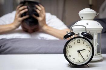 """为何经常失眠?这5种食物,很可能是造成失眠的""""帮凶"""""""